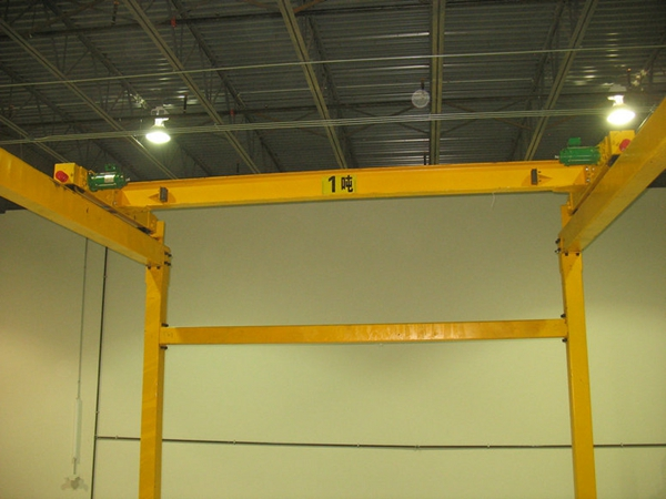 Ellsen-1-ton-Travelling-Overhad-Crane-for-Sale